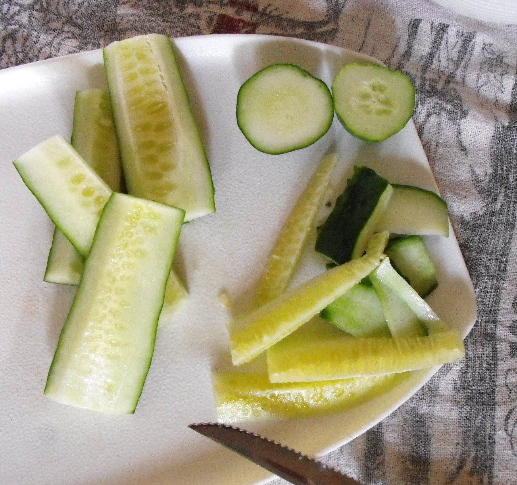 how to make your own claussen pickles